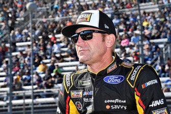 Clint Bowyer, Stewart-Haas Racing, Ford Fusion Rush Truck Centers