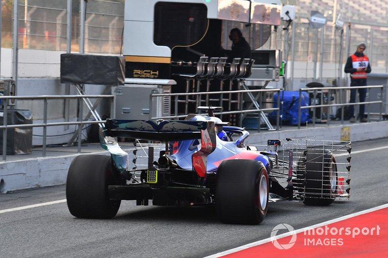 Scuderia Toro Rosso STR14 con sensores