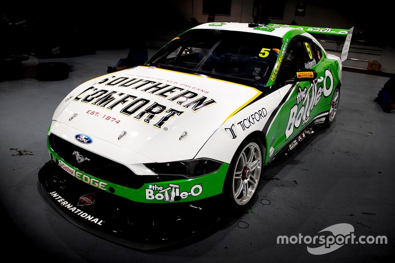 Ford Mustang of Lee Holdsworth, Tickford Racing