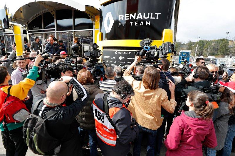 Media at Renault F1 Team