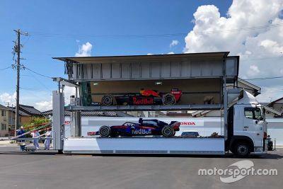 Red Bull & Toro Ross at Honda Cars