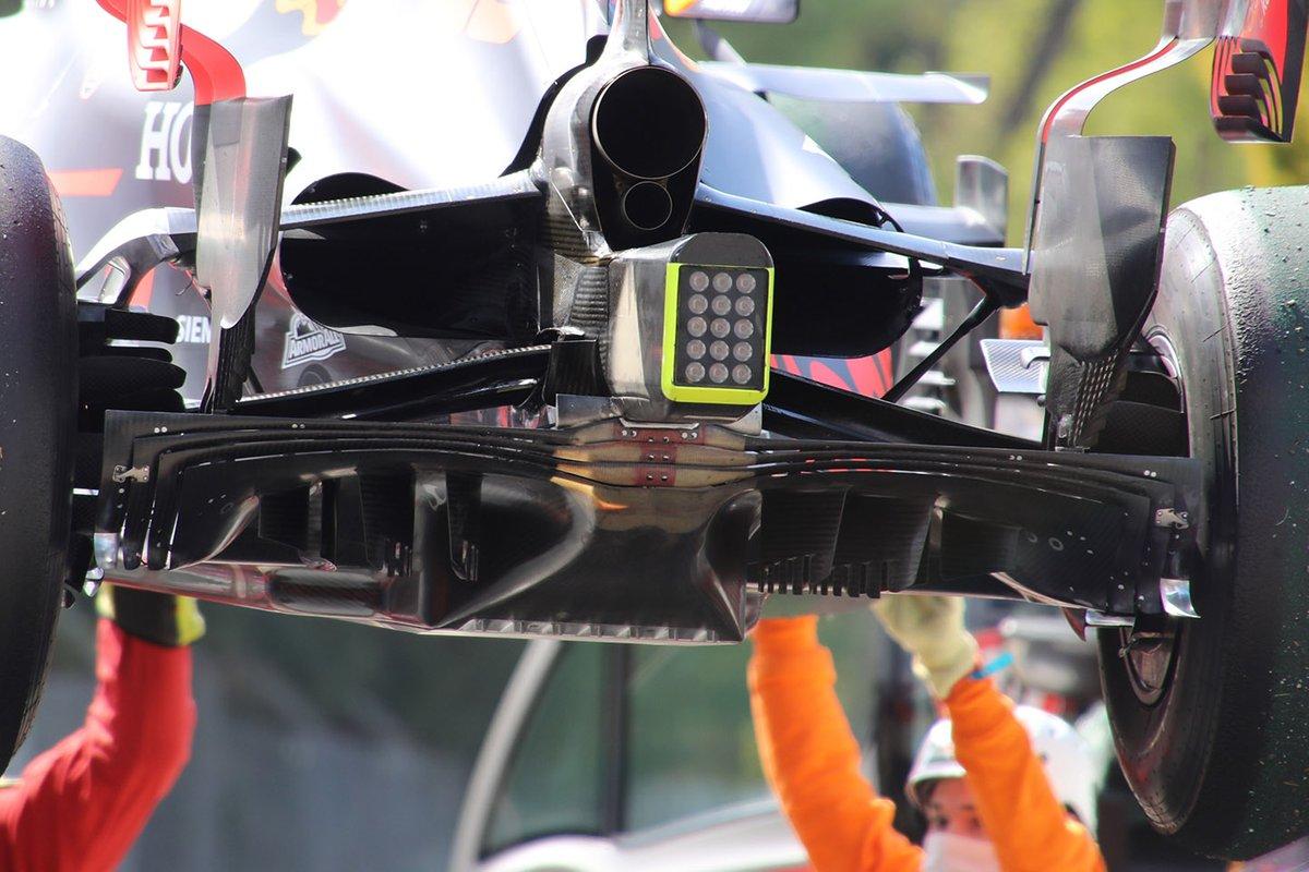 Detalle de la parte trasera del Red Bull Racing RB16B.