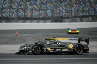 #5 Mustang Sampling Racing Cadillac DPi, DPi: Joao Barbosa, Filipe Albuquerque, Christian Fittipaldi