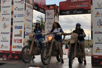 Podio femenino: Rosa Romero, Sara García y Rita Vieira