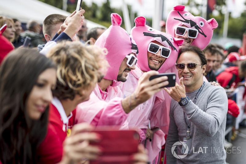 Felipe Massa and Pink Panthers