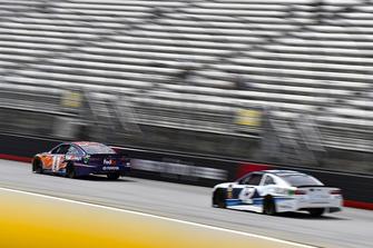 Denny Hamlin, Joe Gibbs Racing, Toyota Camry FedEx Freight, Kyle Larson, Chip Ganassi Racing, Chevrolet Camaro DC Solar