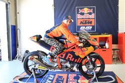 Deniz Öncü, Red Bull KTM Ajo