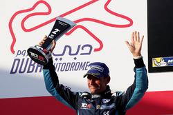Podio: il secondo classificato Gianni Morbidelli, West Coast Racing