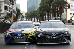Kyle Busch, Joe Gibbs Racing Toyota, Martin Truex Jr., Furniture Row Racing Toyota