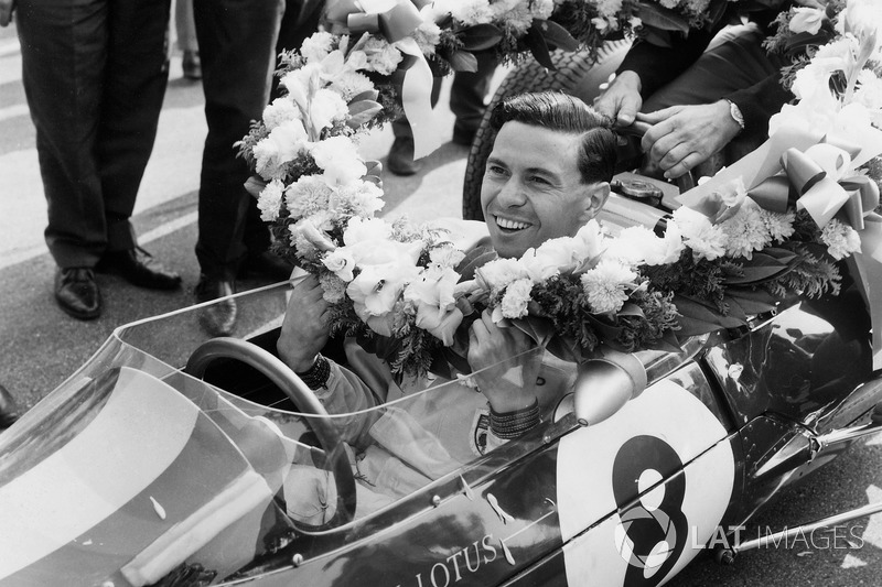 Jim Clark, Lotus 25 Climax, race winner and clinching the drivers and constructors World Championshi