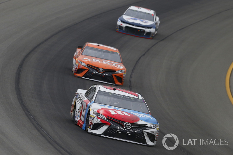 Kyle Busch, Joe Gibbs Racing, Toyota Camry M&M's Red White & Blue and Daniel Suarez, Joe Gibbs Racing, Toyota Camry ARRIS
