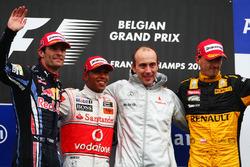 Podium: Mark Webber, Red Bull Racing, Lewis Hamilton, McLaren, Phil Prew, McLaren Race Engineer and Robert Kubica, Renault