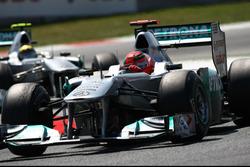 Michael Schumacher, Mercedes GP W02 y Nico Rosberg, Mercedes GP W02