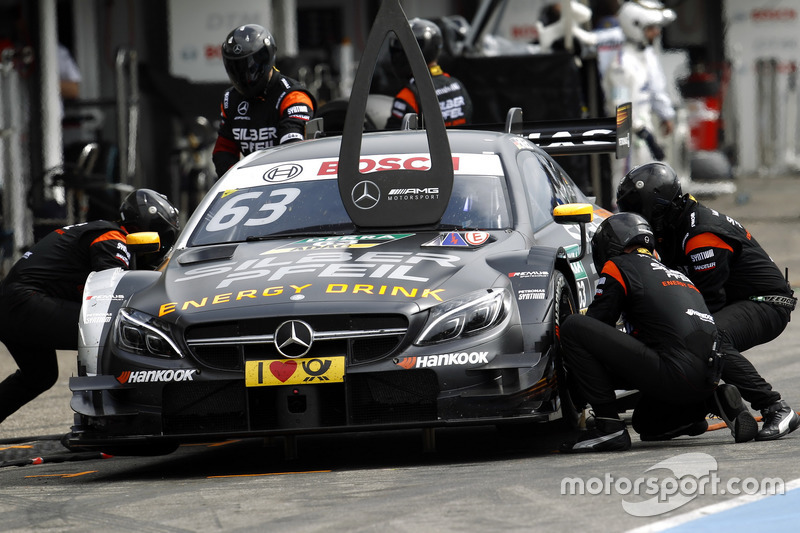 Pit stop Maro Engel, Mercedes-AMG Team HWA, Mercedes-AMG C63 DTM