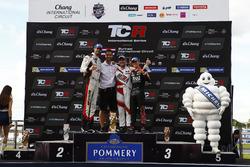 Podium: 1. Norbert Michelisz, M1RA, Honda Civic TCR; 2. Dusan Borkovic, GE-Force, Alfa Romeo Giulietta TCR; 3. Attila Tassi, M1RA, Honda Civic TCR