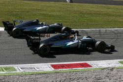 Sieger Lewis Hamilton, Mercedes AMG F1 W08, 2. Valtteri Bottas, Mercedes AMG F1 W08