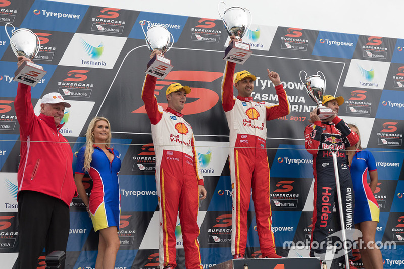 Podium: 1. Fabian Coulthard, Team Penske, Ford; 2. Scott McLaughlin, Team Penske, Ford; 3. Jamie Whincup, Triple Eight Race Engineering, Holden