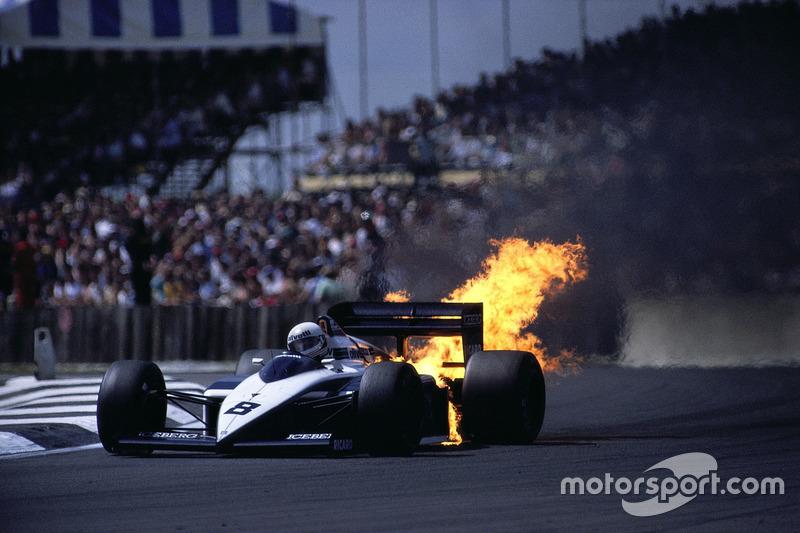 Mais abandonos consecutivos: Andrea de Cesaris