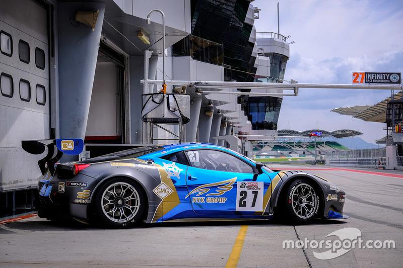 #27 Nexus Infinity, Ferrari 458 GT3: Adrian Henry D'Silva, Dominic Ang Ding Xiong, Garnet Patterson