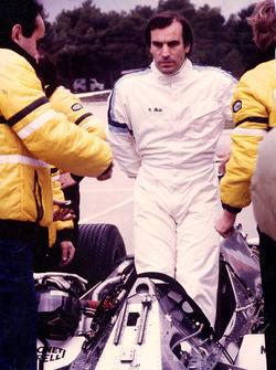 Giorgio Piola testing the Renault RE30B at Paul Ricard in 1982