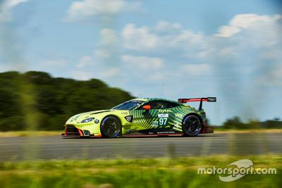 Aston Martin livery unveil
