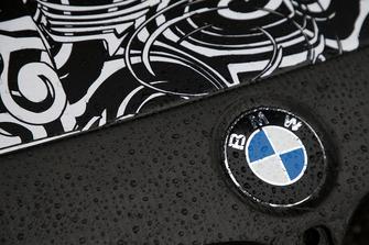 BMW M4 DTM two-litre turbo'yu test ediyor