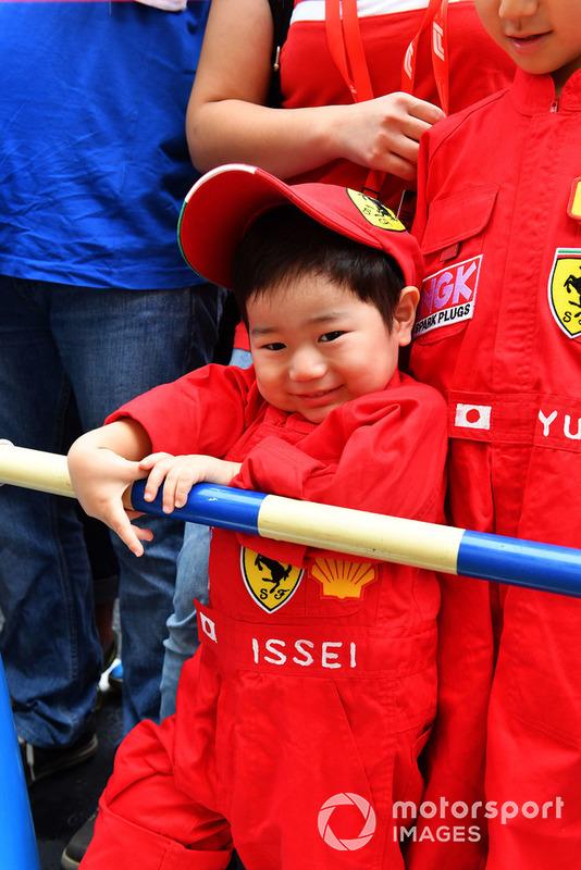 Young Ferrari fan