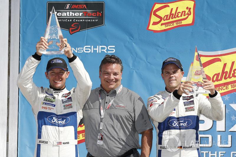#66 Chip Ganassi Racing Ford GT, GTLM: Dirk Müller, Joey Hand, podio, Michael Printup