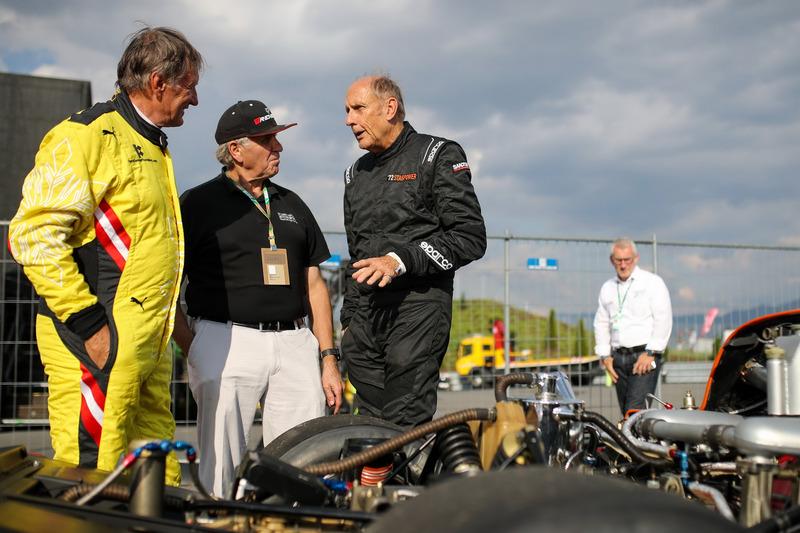 Franz Klammer, Alfa Romeo Alfetta GTV6 e Hans-Joachim Stuck, Porsche 956