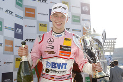 Podium: Maximilian Günther, Prema Powerteam Dallara F317 - Mercedes-Benz