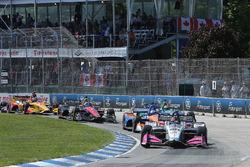 Start zu Rennen 1 beim Chevrolet Dual in Detroit 2018: Marco Andretti, Herta - Andretti Autosport Honda, führt