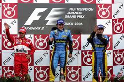 Подиум: Фелипе Масса, Ferrari, Фернандо Алонсо, Renault, Джанкарло Физикелла, Renault