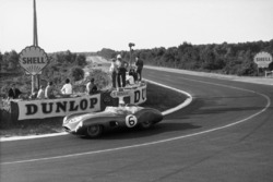 Maurice Trintignant, Paul Frere, Aston Martin DBR1/300