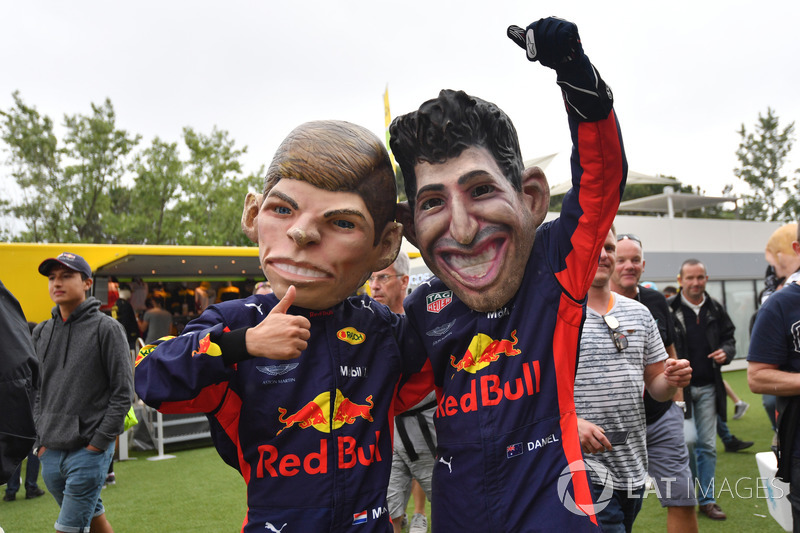 Max Verstappen, Red Bull Racing y Daniel Ricciardo, Red Bull Racing caricatura