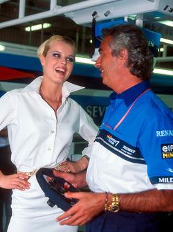 Flavio Briatore, Benetton, con la modella Eva Herzigova