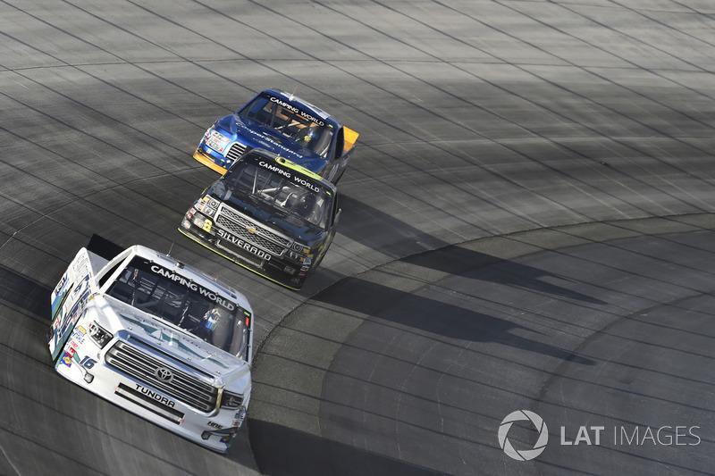 Ryan Truex, Hattori Racing Enterprises, Toyota; John Hunter Nemechek, SWM-NEMCO Motorsports, Chevrolet
