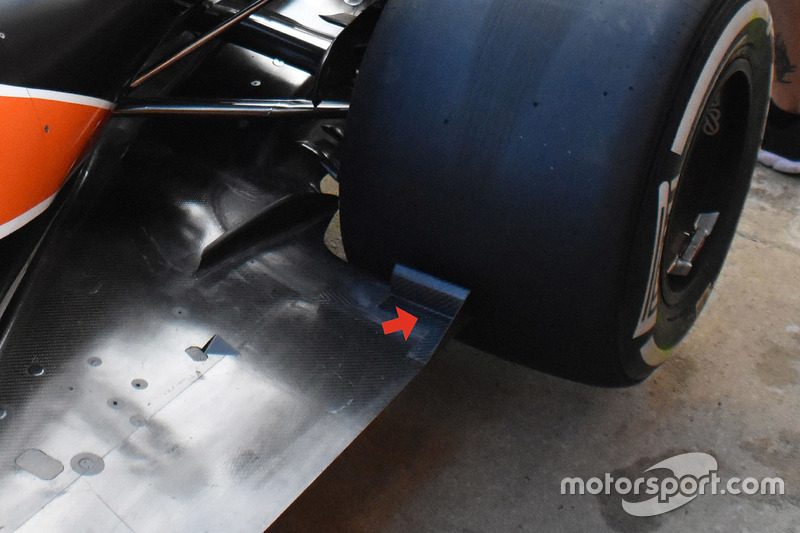 McLaren MCL32 floor detail