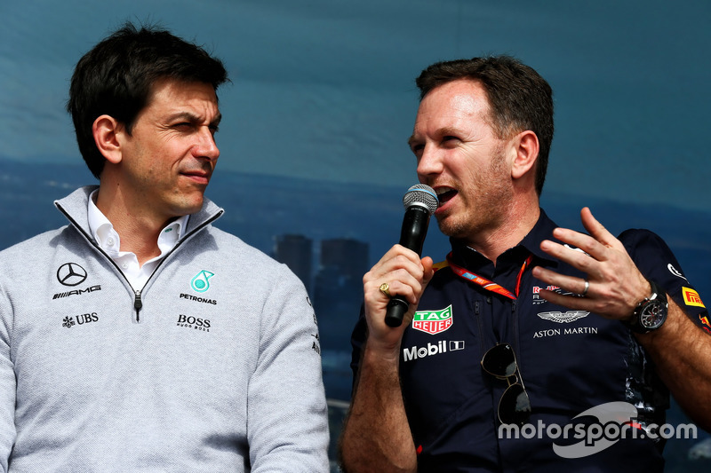 Керівник Mercedes AMG F1 Тото Вольфф, керівник Red Bull Racing Крістіан Хорнер