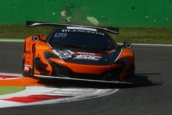 #59 Strakka Racing, McLaren 650 S GT3: Andrew Watson, Jazeman Jaafar, Dean Stoneman