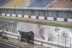 Regen am Losail International Circuit in Katar