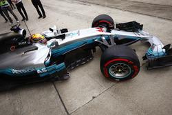 Lewis Hamilton, Mercedes AMG F1 W08, leaves his garage