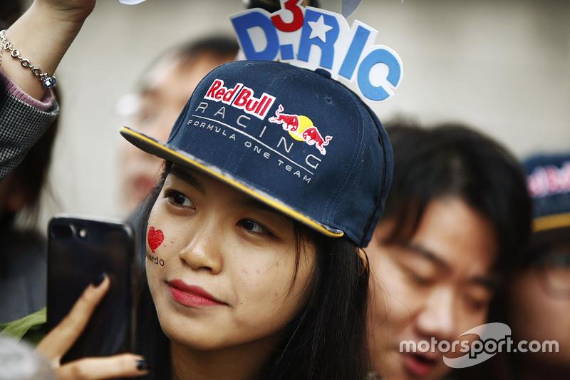 A Daniel Ricciardo fan