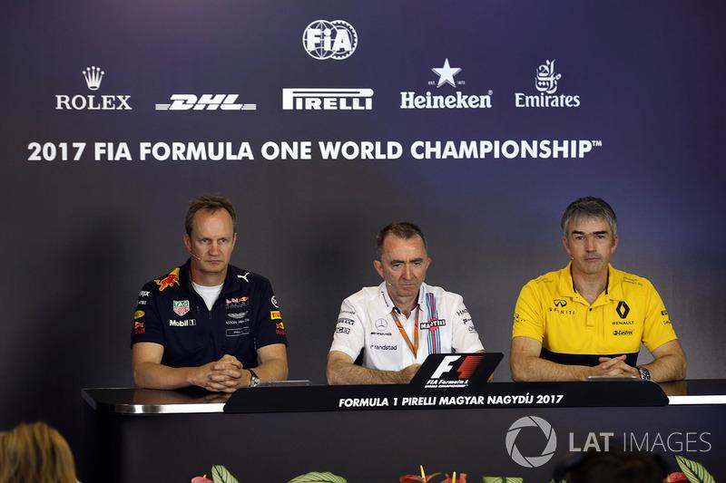 Головний інженер Red Bull Racing Пол Монаген, Падді Лоу, Williams Formula 1, технічний директор Renault Sport F1 Team Нік Честер