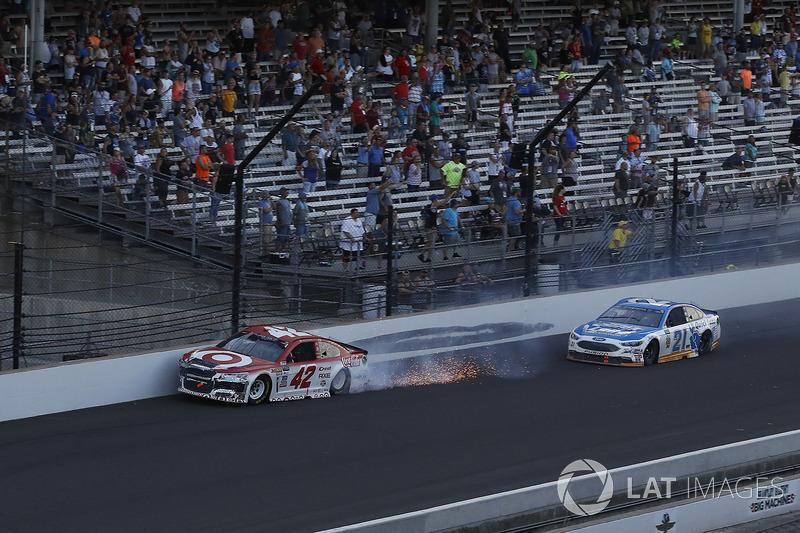 Kyle Larson, Chip Ganassi Racing Chevrolet choque