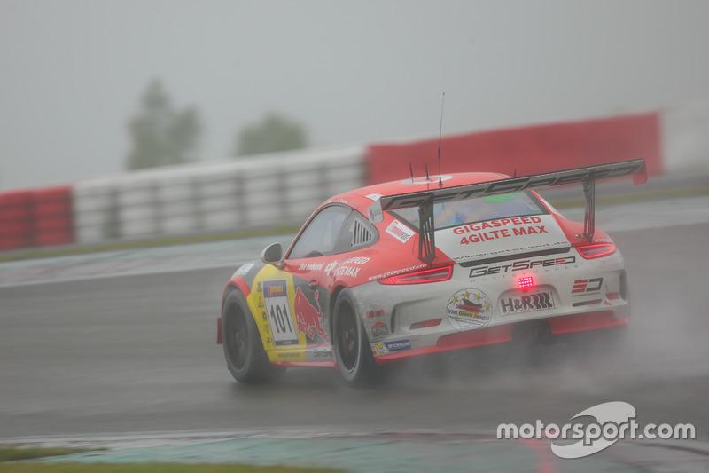 Adam Osieka, Kiki Sak Nana, Porsche 911 GT3 Cup