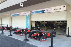 Pit garaje del equipo Venturi