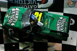 Victory Lane: Johnny Sauter, GMS Racing Chevrolet