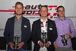 Benjamin Devaud, Rolf Reding, Lukas Eugster alla premiazione dell'ASS a Berna