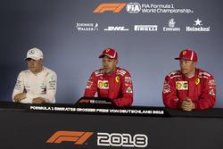 Valtteri Bottas, Mercedes-AMG F1, Sebastian Vettel, Ferrari y Kimi Raikkonen, Ferrari