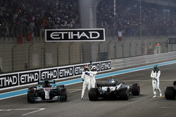 Second place Lewis Hamilton, Mercedes AMG F1, Race winner Valtteri Bottas, Mercedes AMG F1, celebrate